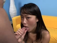 Evelyn Lin beim Blowjob mit Kris Slater